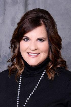 Lisa Steele
